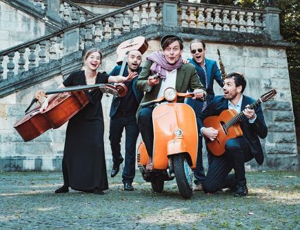 Monaco Wing Ensemble